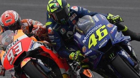 Márquez Defends Himself - Rossi