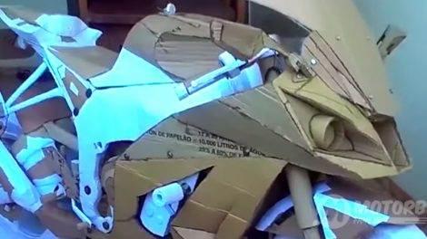 Kawasaki ZX-10R Cardboard